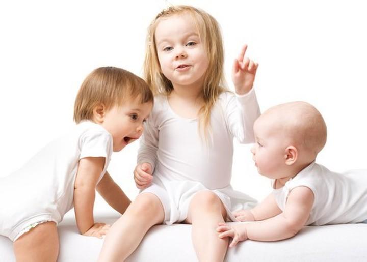 Что положено женщине родившей 3 ребенка
