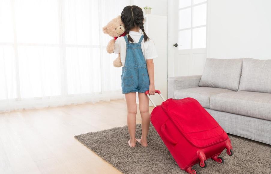 Выписка несовершеннолетнего ребенка из квартиры при продаже