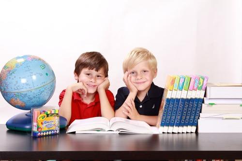 Как написать заявление на директора школы или в каких случаях необходимо составить заявление или коллективное письмо директору школы от родителей – Опять 25